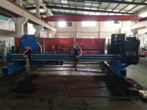 Aluminium-Gantry-CNC-plasma-vlam-cutting-Machine47